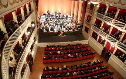 Carlo Loiudice sceglie la poesia per il rinato Teatro Mercadante