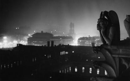 Brassaï, con le sue foto fa l'amore con Parigi