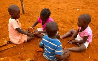 Africa, un bimbo, la sua sofferenza