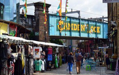 Camden Lock, incendio nella notte in un angolo di Mondo