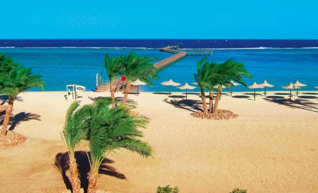 Le due strane facce del turismo in Egitto