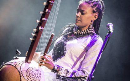 Sona Jobarteh e la sua kora per sognare altri orizzonti