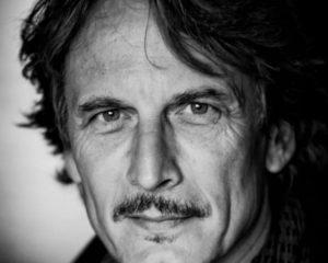 Cesare Bocci deve fare il protagonista