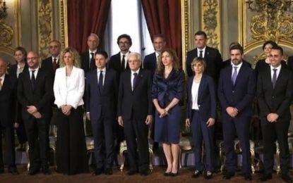 Italia, il governo dell'adeguamento